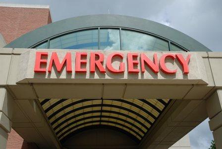 海外旅行保険の必要性をひしひしと感じた|病院受診・入院費用の相場の目安