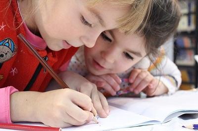 英文予防接種証明書の作成方法!テンプレートと書き方|子供が海外の学校へ入学