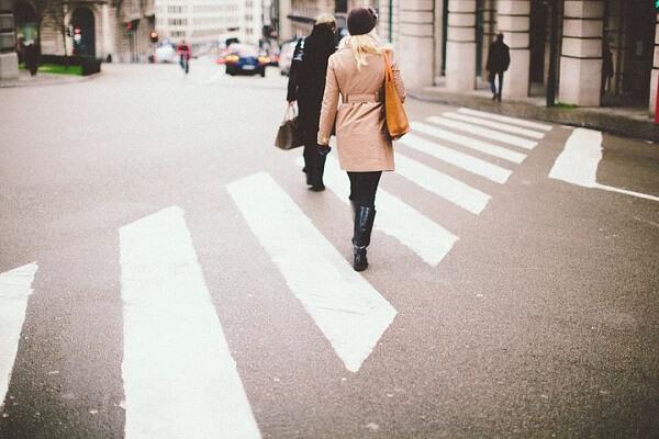 中国の交通ルール、自転車・歩行者編。気を付けないと罰金!子供も注意
