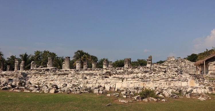 イグアナを見にエルレイ遺跡へ!カンクンメキシコ観光スポット