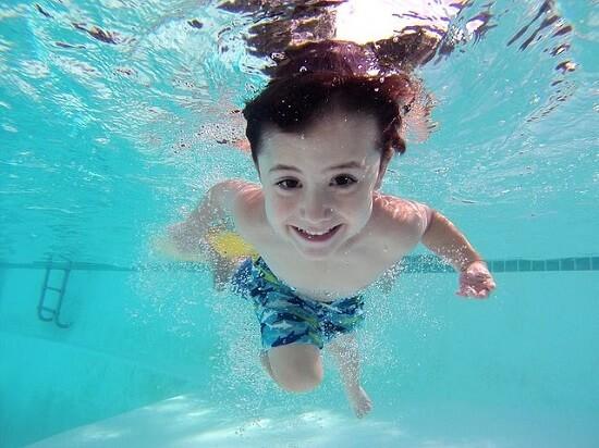 モントリオールのスイミングスクール|子供向けレッスン(水泳教室)の感想|カナダ